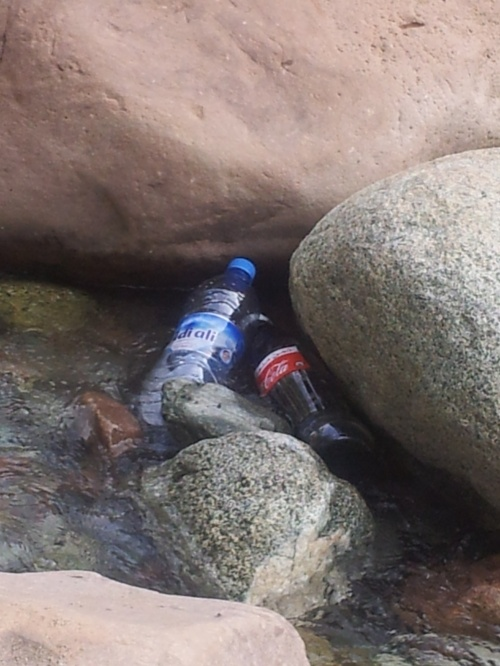 Cooling drinks in Ourika river
